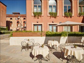 hotel economico murano venezia