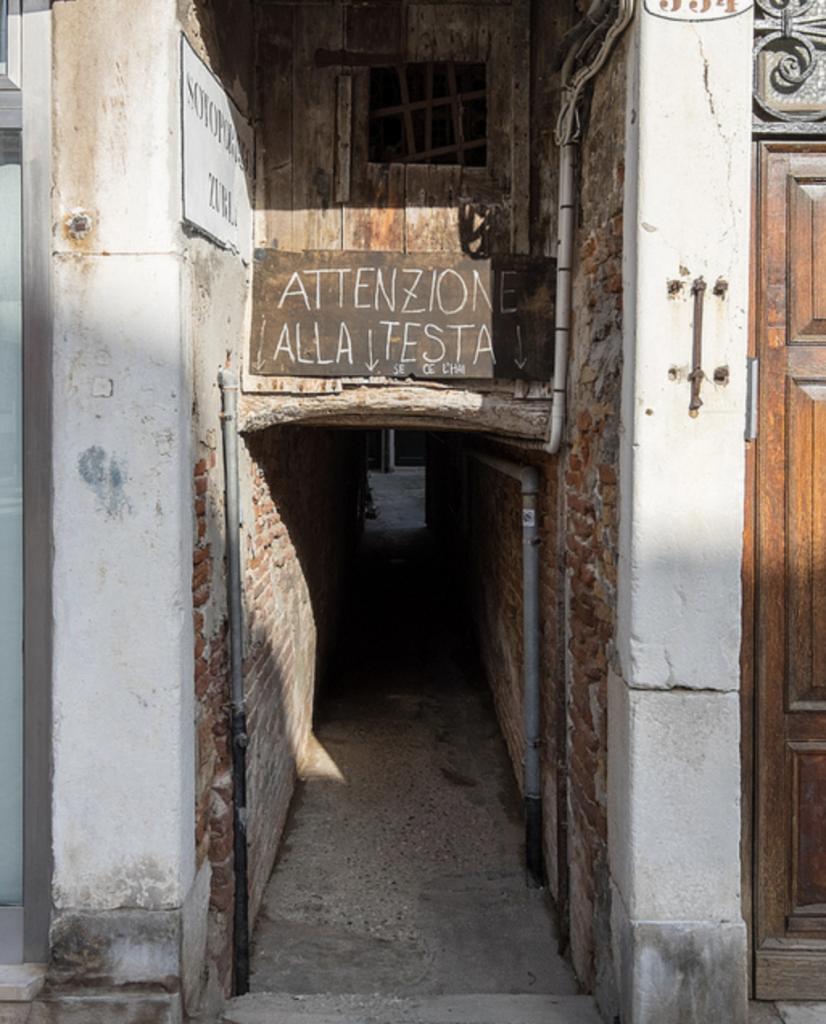 sotoportego zurlin venezia insolita cosa vedere