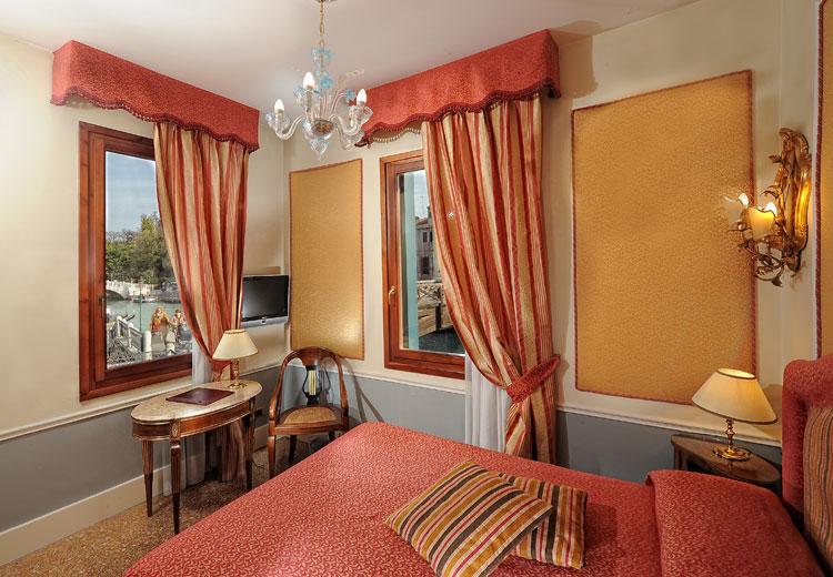 arlecchino camera hotel venezia