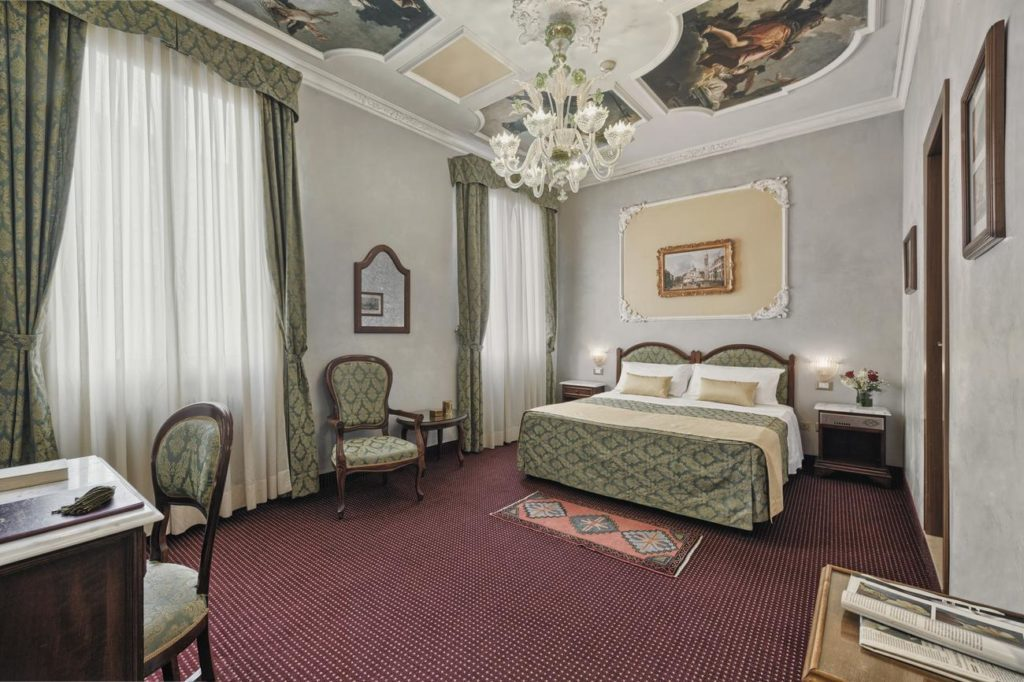 Venezia hotel pausania 3 stelle camera