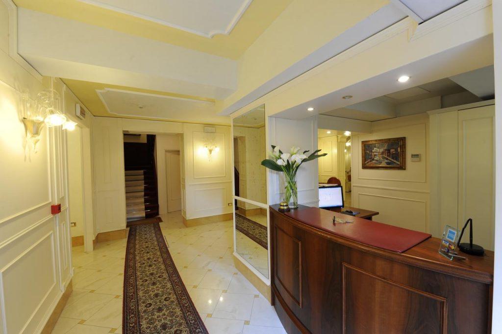 hotel villa rosa economico santa lucia